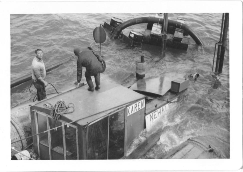 Karen Nehalem shipwreck in progress documented by Alan Mitchell
