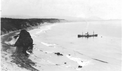 Maritime - Shipwreck SS Sinaloa 1917-0615 - Grounded at Cape Blanco - 1
