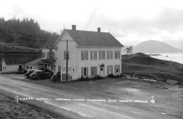 Building Knapp Hotel West side c1935
