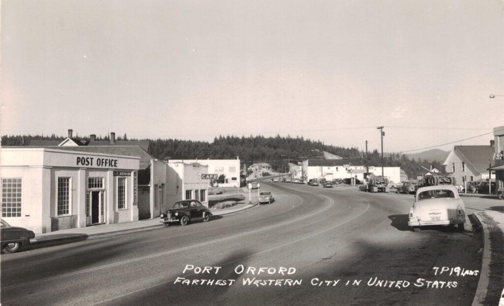 Post Office - Niemans Insurance - Seaside Cafe - Hwy 101 - c1955